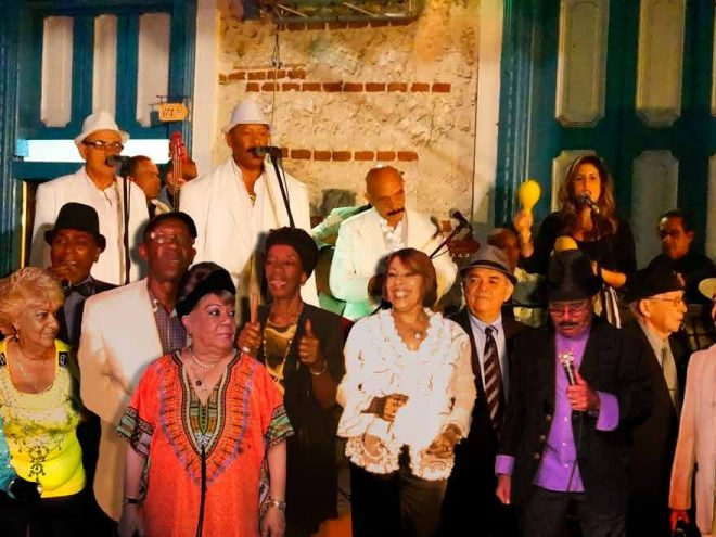 Tradicionales de los 50: Embodying the Golden Age of Cuban music