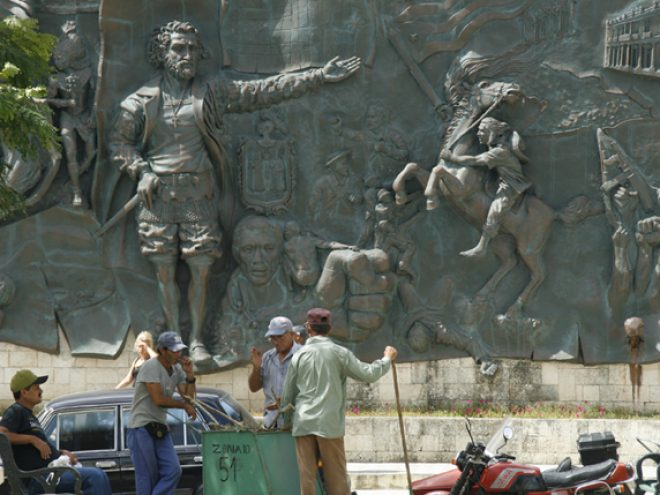 Journey to Birán in search of Castro's past