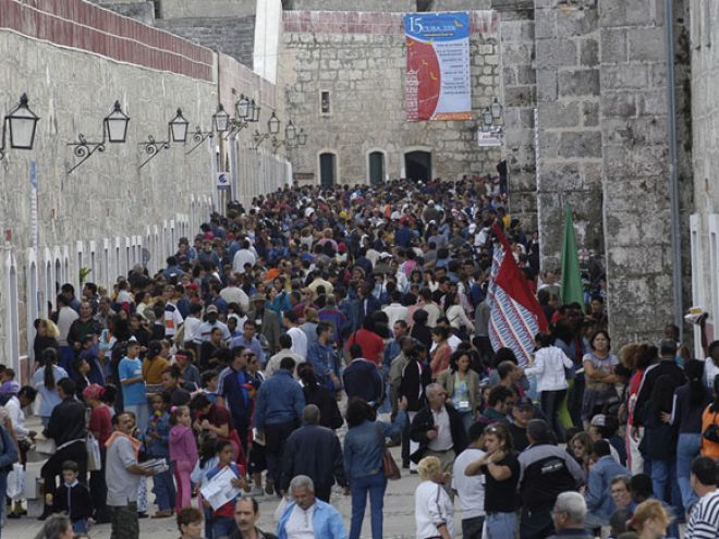 For the Love of Libros: A Book Fair and a Fortress