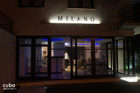 entrance of restaurant Milano in Miramar © Cuba Absolutely, 2014