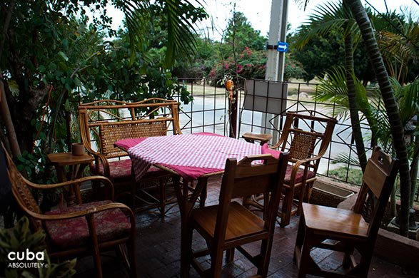 table at restaurant Corte del principe in Playa© Cuba Absolutely, 2014