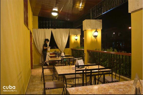 Restaurant los compadres © Cuba Absolutely, 2014
