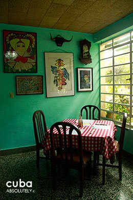 table at a restaurant in Havana © Cuba Absolutely, 2014