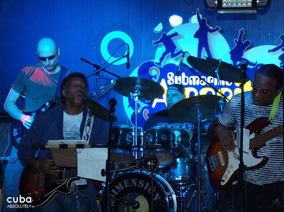 cuban rock band at Submarino amarillo bar in Vedado © Cuba Absolutely, 2014