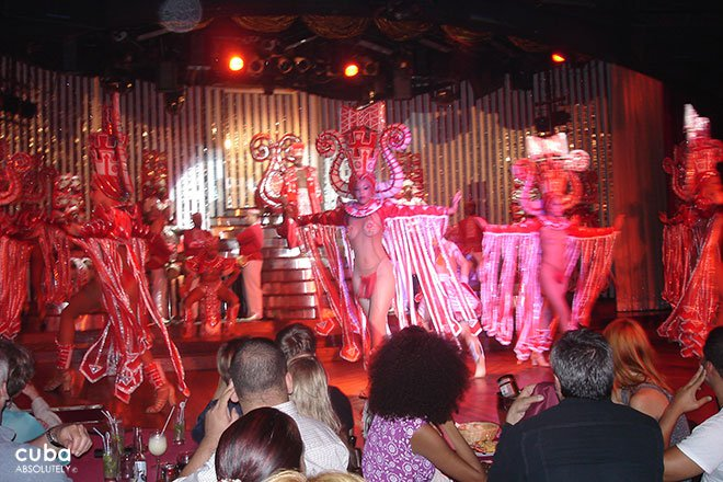 Tropicana show with singers and dancers on the stage © Cuba Absolutely, 2014