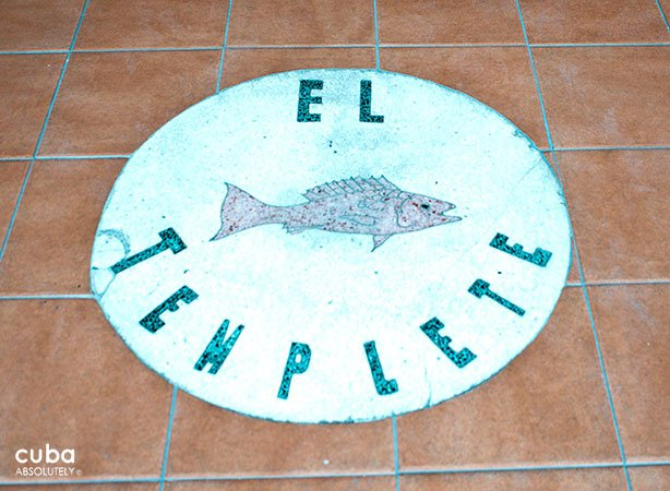 sign of Templete restaurant in the floor© Cuba Absolutely, 2014