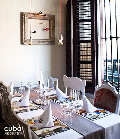 table at Casa Miglis restaurant in center havana© Cuba Absolutely, 2014