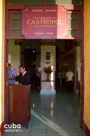 Castropol restaurant in old havana© Cuba Absolutely, 2014