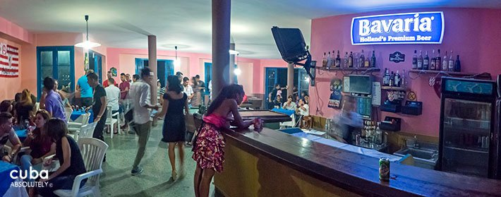 Bar at Centro Vasco club in Vedado© Cuba Absolutely, 2014