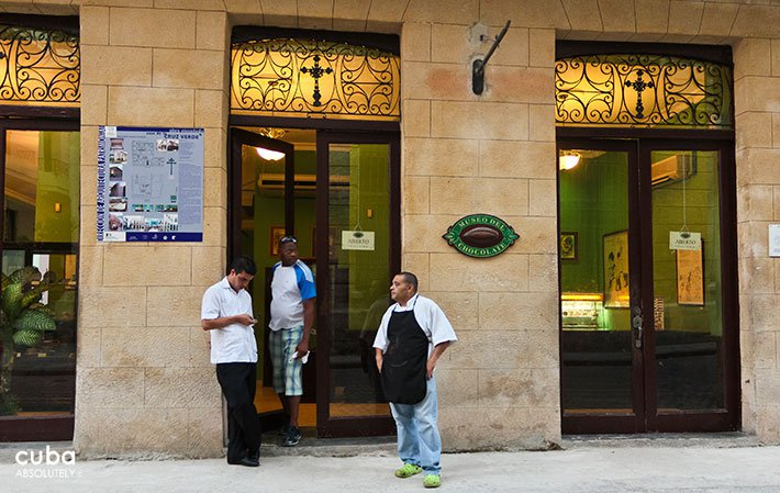 Front of chocolat museum in OLd Havana © Cuba Absolutely, 2014
