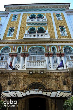 Detail of the front of Sevilla Hotel in Old Havana © Cuba Absolutely, 2014