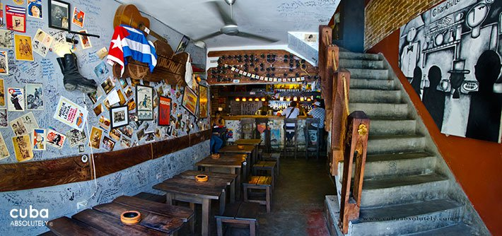 Chanchullero tavern in Old Havana© Cuba Absolutely, 2014