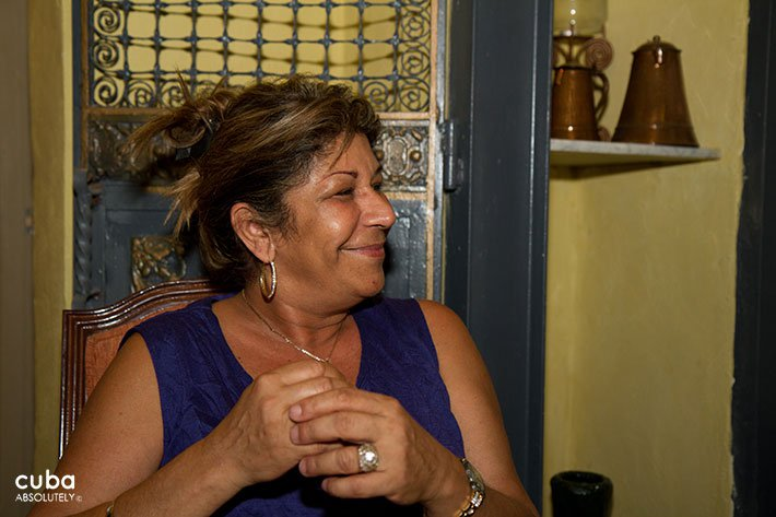 Old woman smiling © Cuba Absolutely, 2014