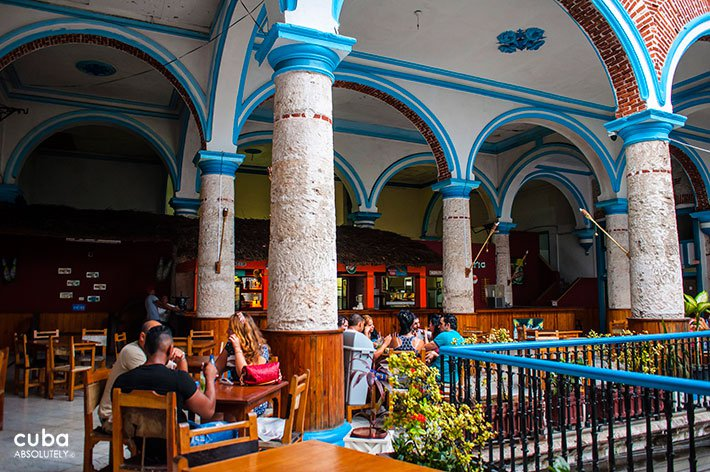 Rosalia de Castro cultural center in Old Havana, restaurant © Cuba Absolutely, 2014