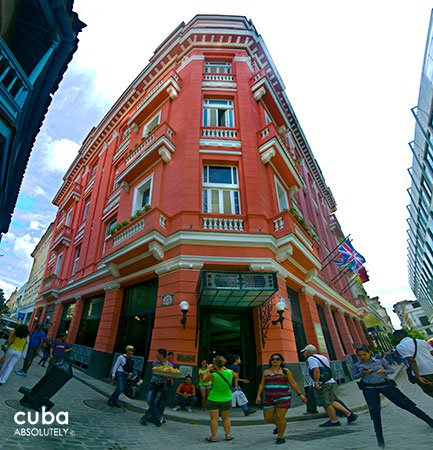 Ambos mundos hotel in Old Havana © Cuba Absolutely, 2014