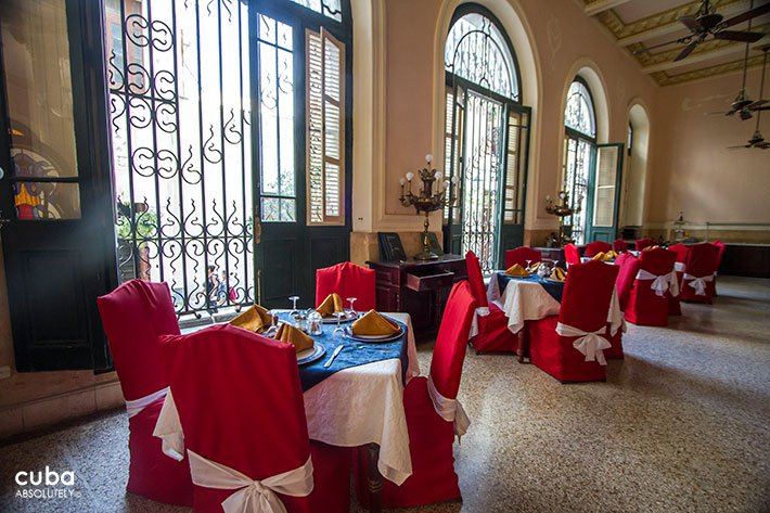 Raquel hotel restaurant in Old Havana © Cuba Absolutely, 2014