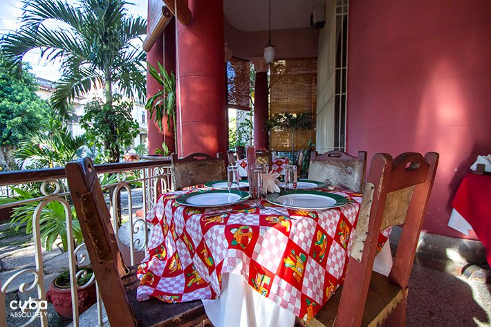 French  restaurant in Vedado © Cuba Absolutely, 2014