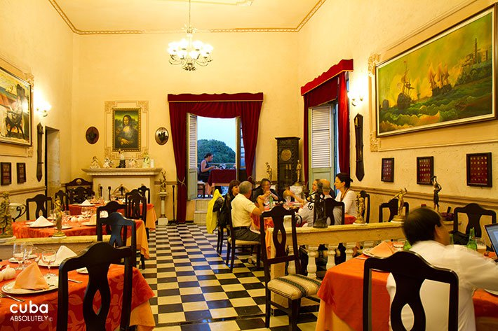 La Moneda Cubana - Havana City Guide