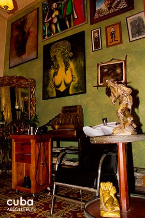 Papito´s corte hairdress in Old Havana © Cuba Absolutely, 2014