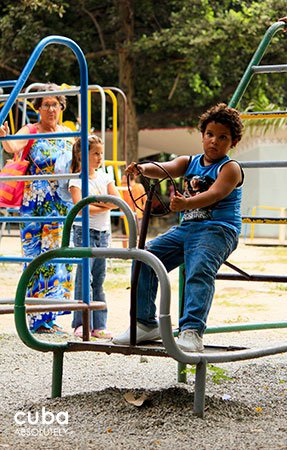 kids park in 26 Zoo in New Vedado© Cuba Absolutely, 2014