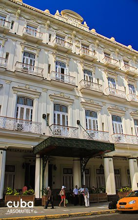 Inglaterra Hotel in old havana© Cuba Absolutely, 2014
