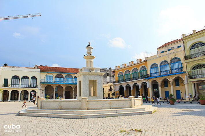 Old Square in old havana© Cuba Absolutely, 2014