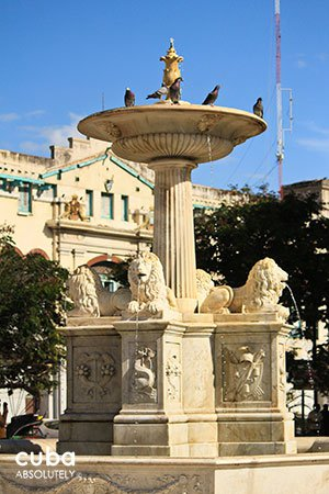 Lions font in San Francisco Square in old havana© Cuba Absolutely, 2014