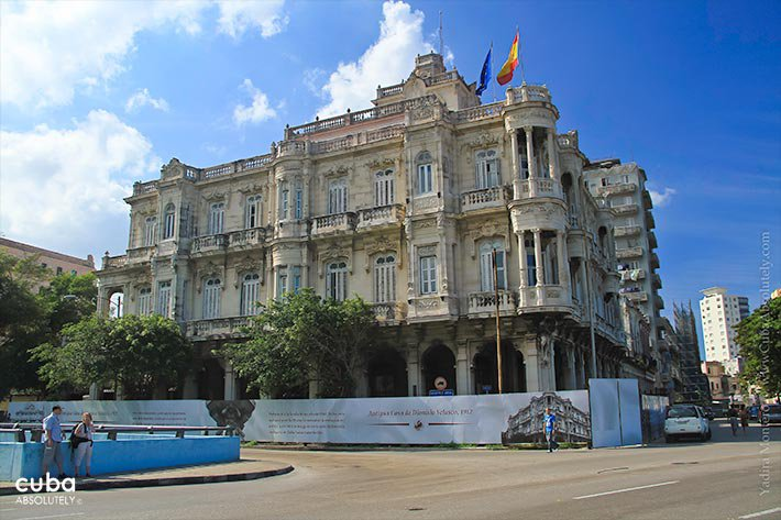 Spanish embassy in Old Havana © Cuba Absolutely, 2014 - 2020