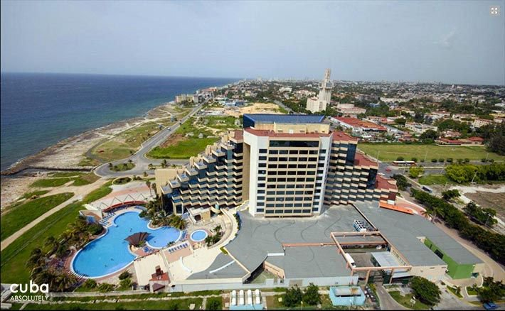 Panorama hotel in Miramar, air view © Cuba Absolutely, 2014 - 2020