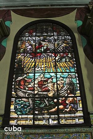 Carmen convent church,stained glass window representing the rescue of the 3 men for the virgin Maria © Cuba Absolutely, 2014 - 2020