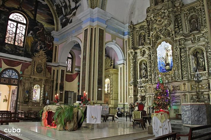 Carmen convent church, details of the wood and the sculture on the walls © Cuba Absolutely, 2014 - 2020