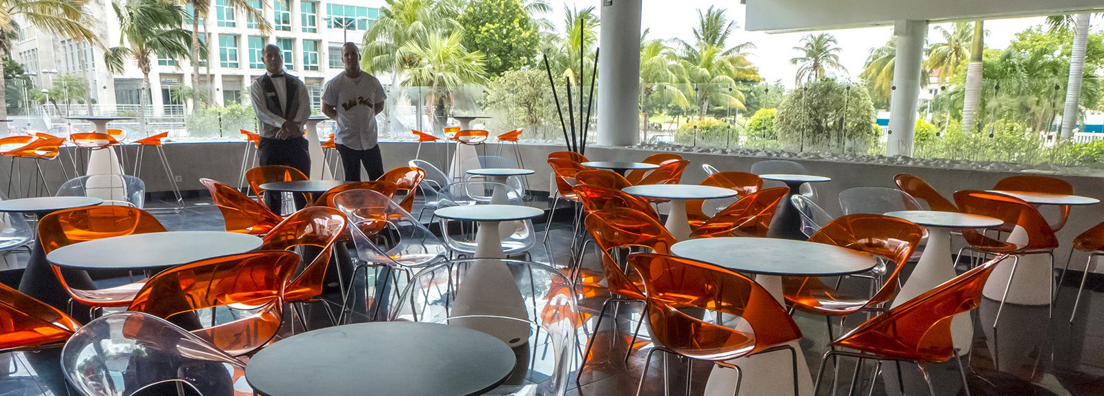 Melia Habana sport bar red chairs