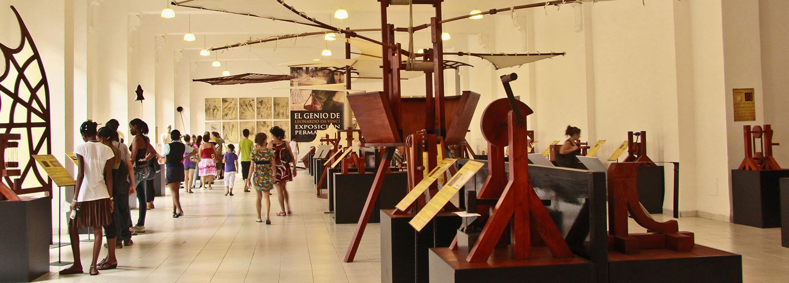 Exhibition of Davinci, wood artefacts