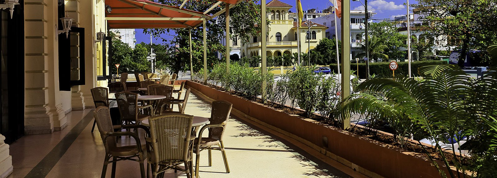 Presidente hotel with red roof, terrace