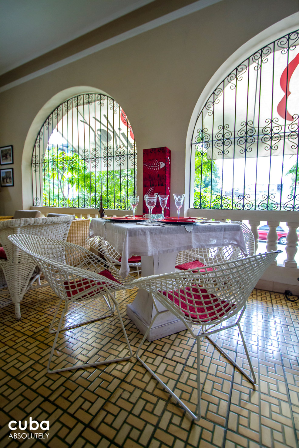 This bar was opened in June 2013 and promises to be a great addition to the paladar and bar scene in Havana. The décor is interesting and carries an African theme accentuated with custom made chairs that resemble the original Coppelia chairs. Havana, Cuba