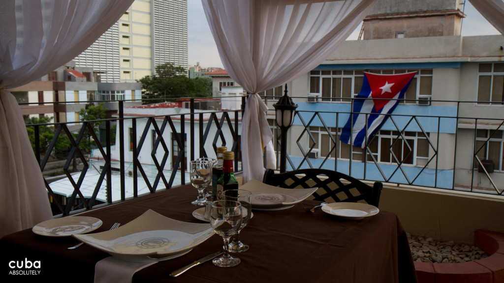 You read about cozy mom-and-pop paladares with home-cooked arroz con pollo or stiff government-run restaurants with tablecloths and soggy spaghetti, but not boutique Basque bistros buzzing with beautiful people. Havana, Cuba