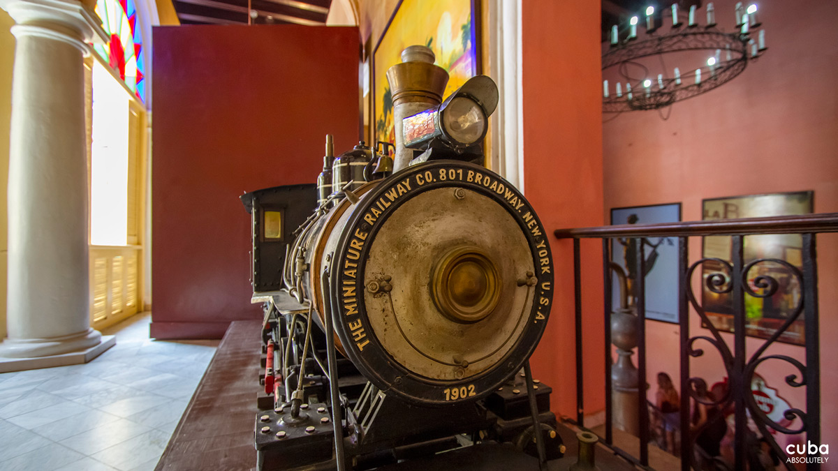 On the first floor there is a room where the different Havana Club rums are exhibited, as well as a sample of the tools used in the 19th century for cultivating sugarcane and producing molasses. Havana, Cuba
