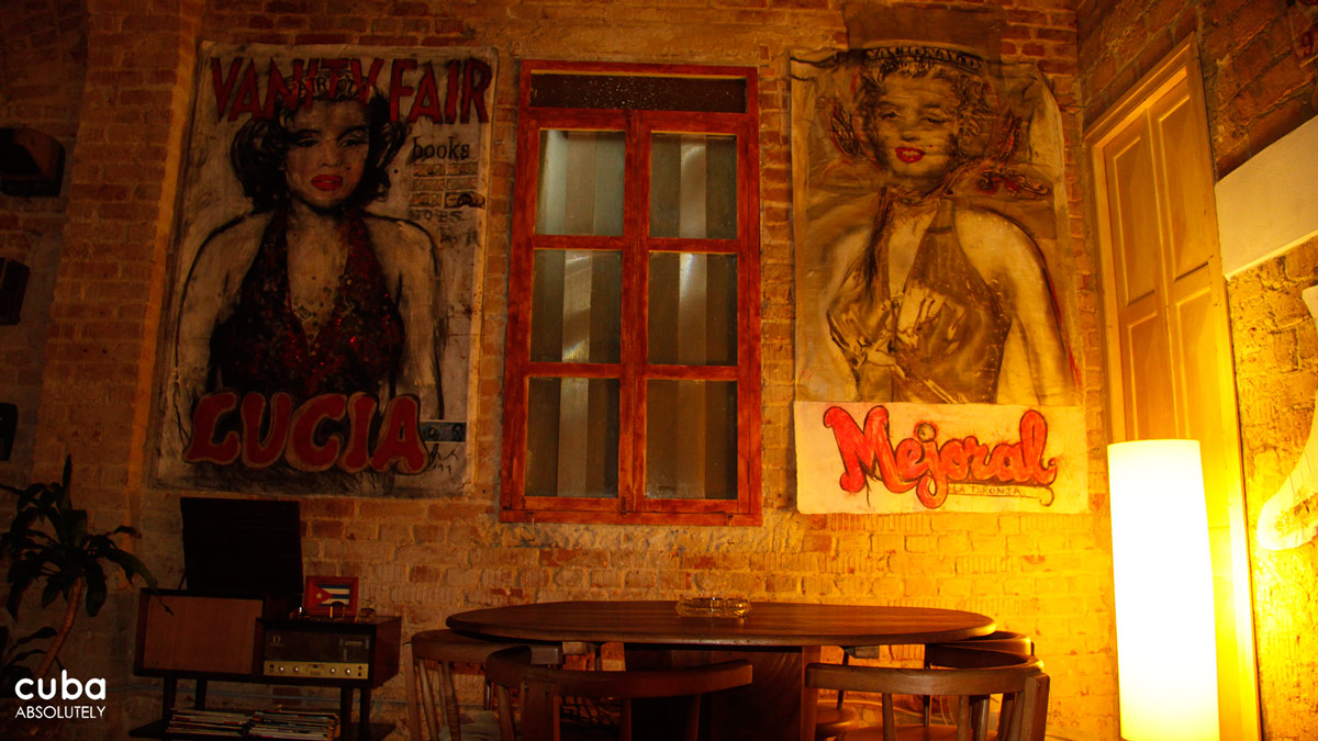 El Madrigal is the place that everyone (myself included) loves to hate. This is a beautifully decorated place which attracts a hip and artsy mostly Cuban crowd. My sort of place even if the drinks take their time and the owner seems to delight in insouciance. Havana, Cuba