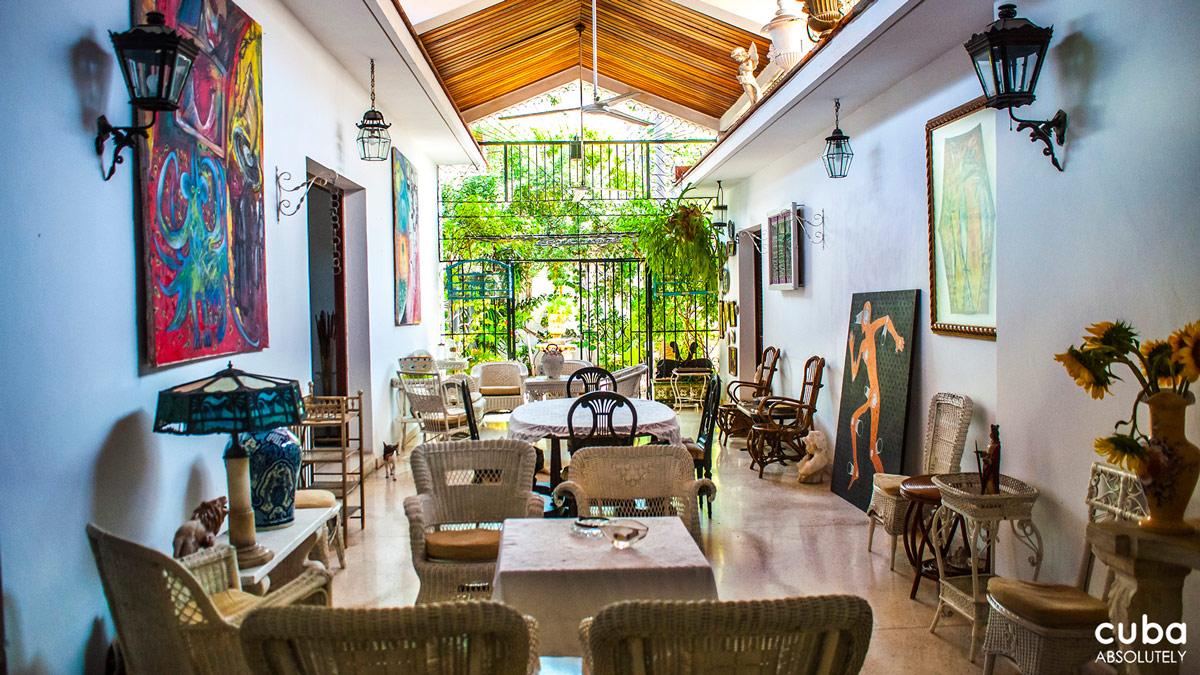 Villa Portería is not only a fine casa particular but also a repository of antiques, for Hernandez is also a dealer--a bonus if you're interested in ceramics, glassware, sculpture and paintings. Havana, Cuba