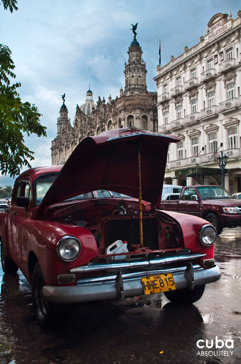 Don't you just hate it when your engine just stalls for absolutely no reason? Havana, Cuba
