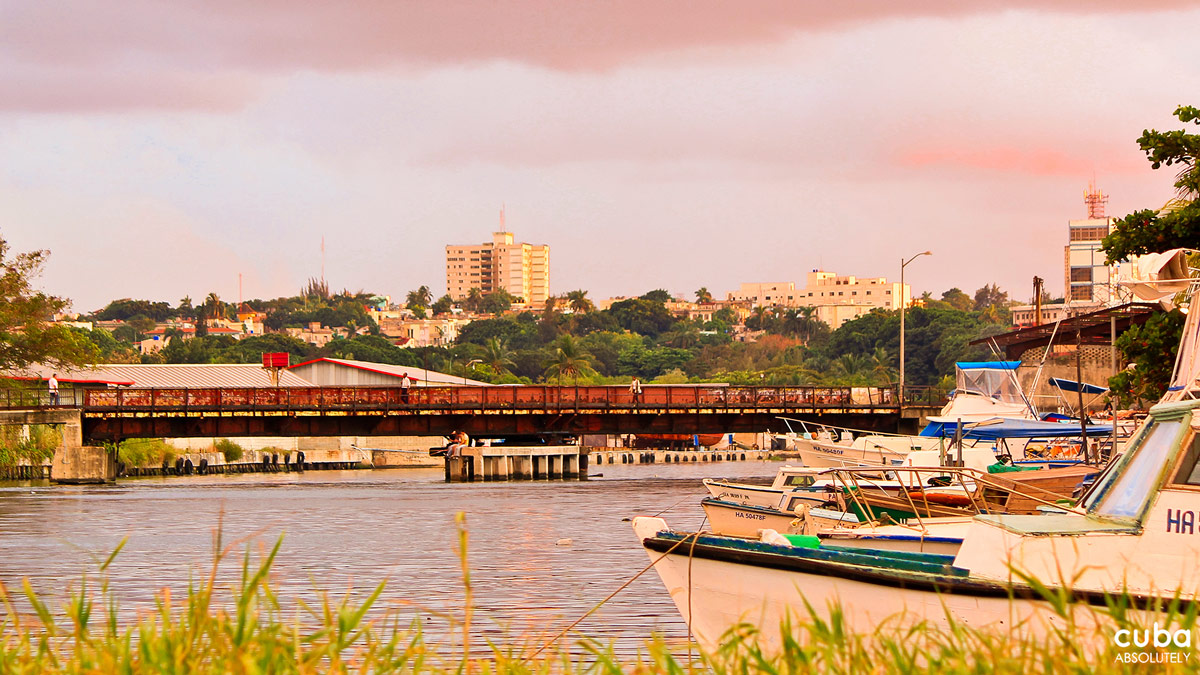 The Iron Bridge is an old and deteriorated metal structure that seems to be frozen in time. Havana, Cuba