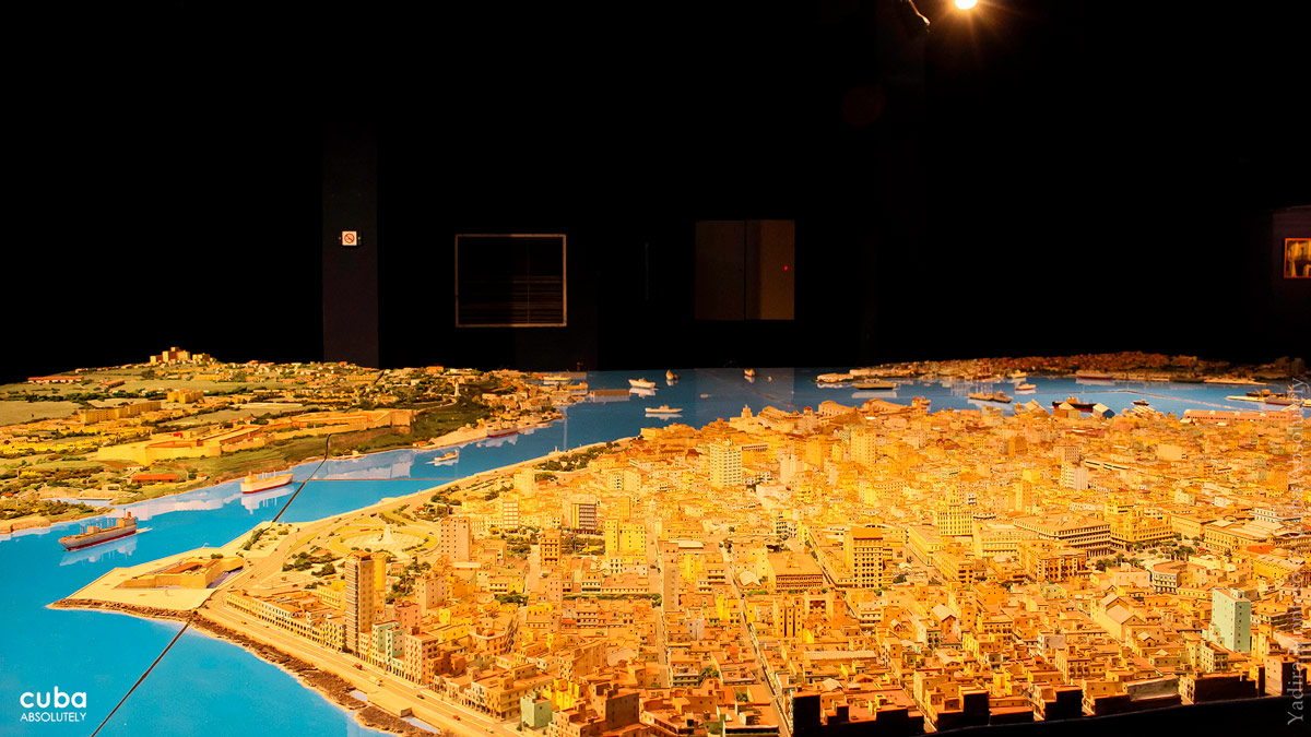 Scale models provide not only the appearance of cities in the past but also what our surroundings look like today or will look like in the future. Havana, Cuba