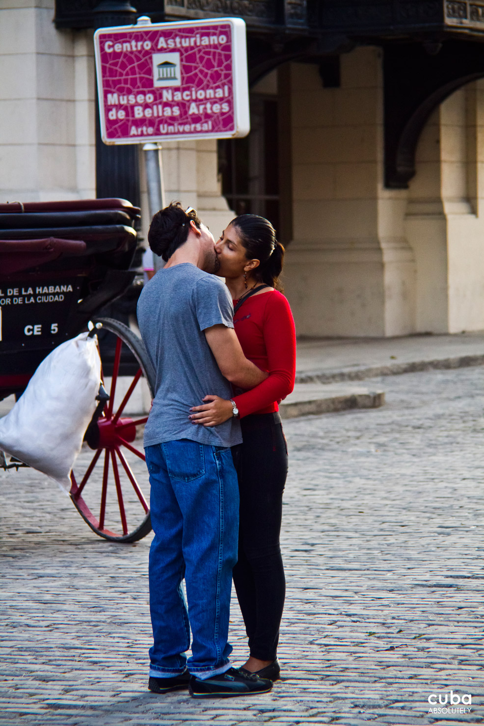 This day is also chosen by many Cubans to give their sweethearts their engagement rings and some even choose it as their wedding day. Havana, Cuba