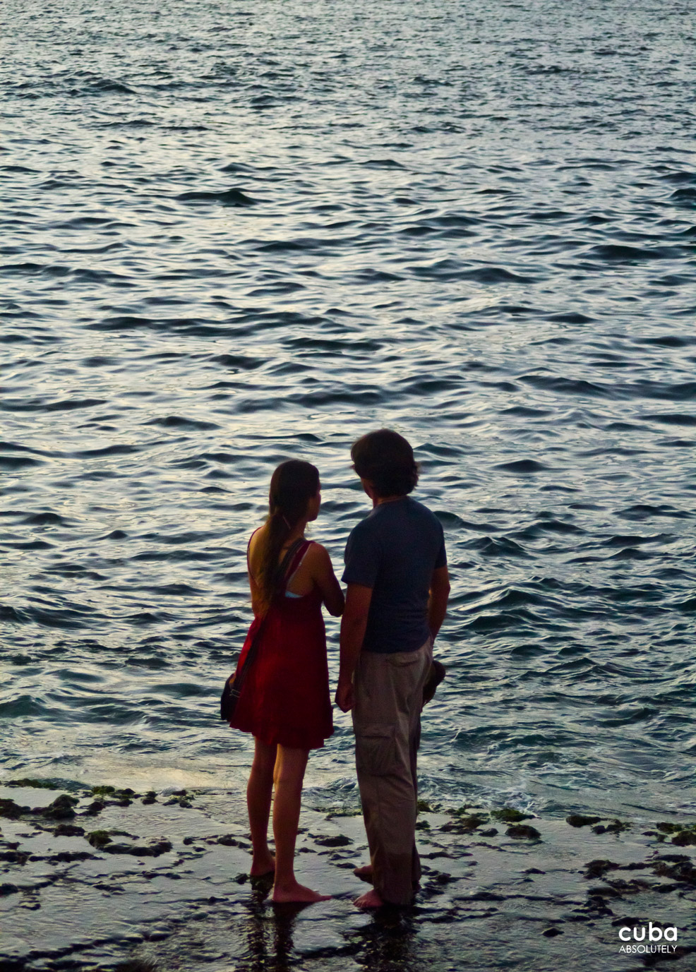 The sea is always a nice setting to celebrate love. Havana, Cuba