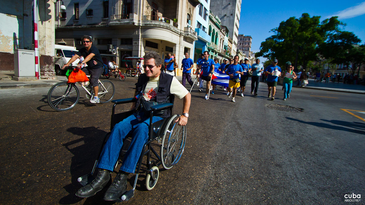 In Cuba, the Terry Fox Run goes beyond the actual run with Cuban artists--Manuel Mendive, Flora Fong, Alexis Leyva, Alfredo Sosabravo and Ernesto García Peña, among other--donating pieces that are later auctioned to raise funds for cancer research. Havana, Cuba