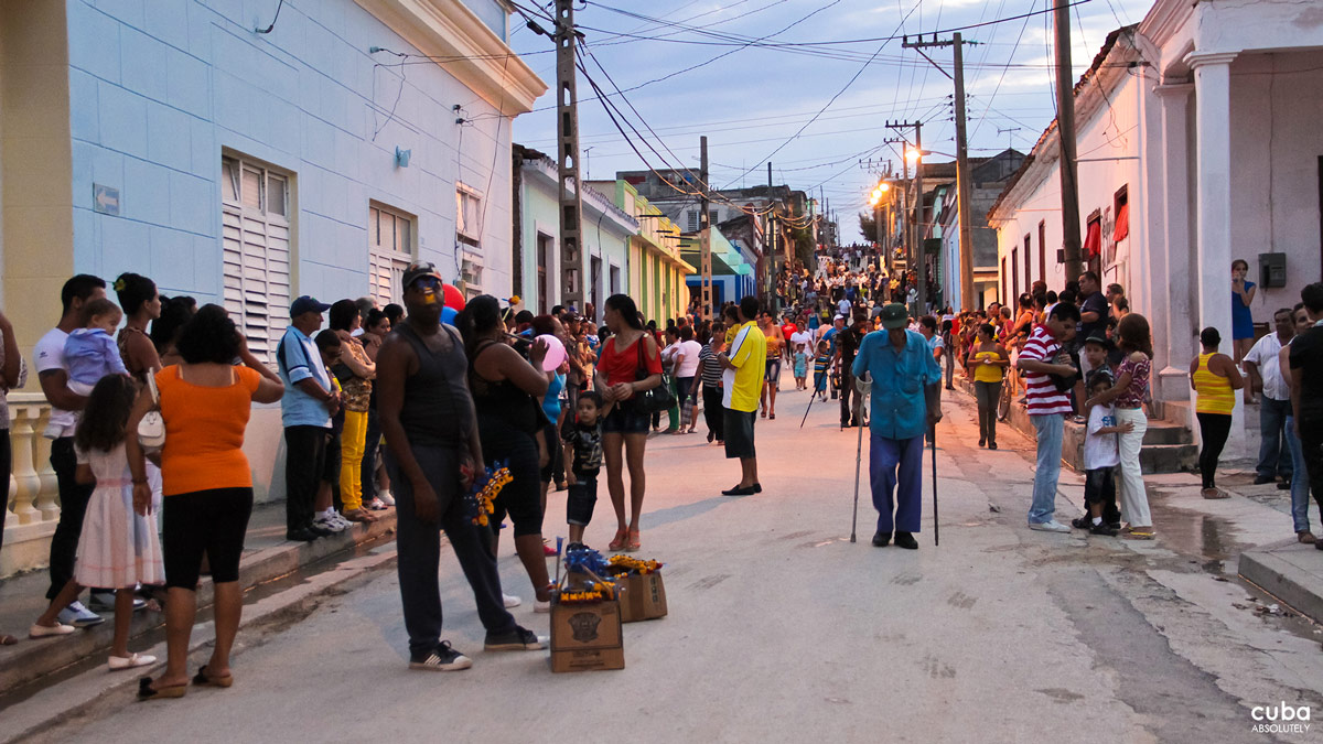 There were no Hollywood stars or attendant paparazzi. Hype, glamorous red carpet photo shoots and posh after-parties were also nowhere to be seen at the 5th International Cine Pobre Festival, in the eastern Cuban town of Gibara this past April. Gibara, Cuba