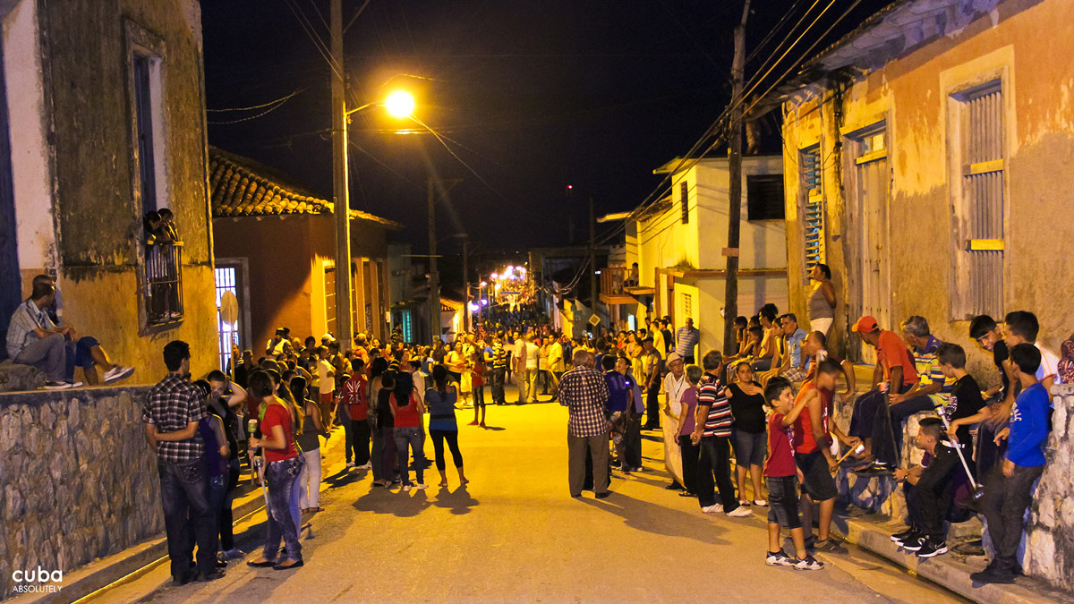 Gibara is a town so obscure even many Cubans struggle to find it on a map, yet every year since 2003, this picturesque town has hosted one of the most authentic and charming events on the independent / alternative film circuit Gibara, Cuba