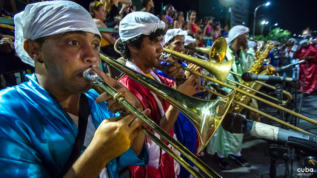 In recent years, the festivity has extended to other open areas in the city where live music with son, salsa, merengue as well as rock, pop, and disco will be played by the most popular bands of the moment. Santiago de Cuba, Cuba