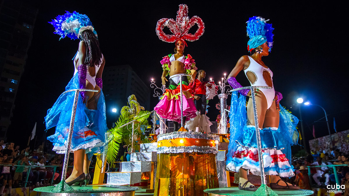 The carnival also features a procession of decorated floats that parade mainly down Avenida Garzón, where a jury chooses the best. Santiago de Cuba, Cuba