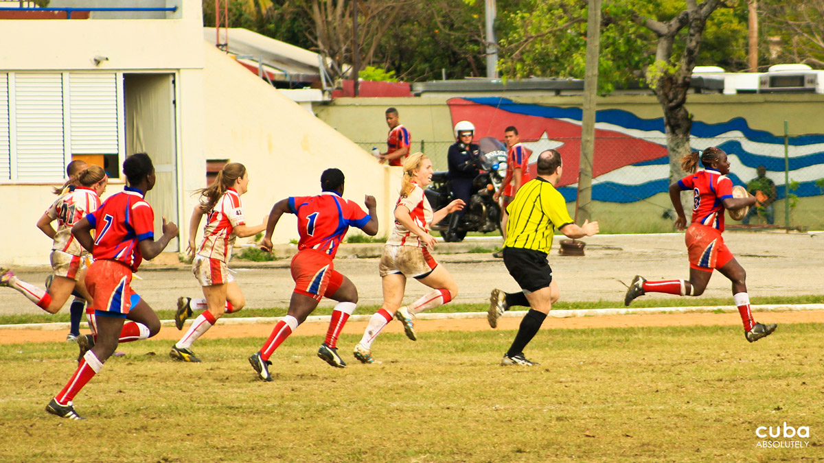 The IRB-sanctioned Havana Howlers 7's Rugby Tournament is jointly organized by the Cuban Rugby Federation and the Dog River Howlers Rugby Club based out of Canada. The idea of the tournament is to help promote and develop rugby in Cuba along with creating new relationships/bonds between the participating teams. This was the second full tournament with a complete woman's division in addition to the men's program. Havana, Cuba